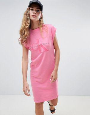 Calvin Klein Doon true icon print t-shirt dress 1