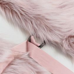 Urbancode Faux Fur Pink Scarf with Ring Fastening 4