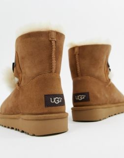 UGG Bow Chestnut Boots 1
